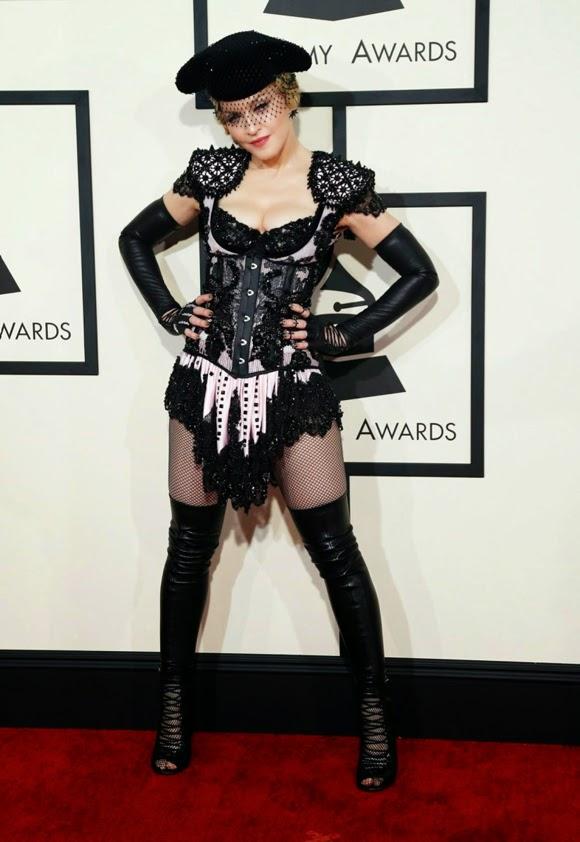 Madonna torera y olé!
