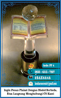 contoh piala bergilir, contoh souvenir, cover buku wisuda