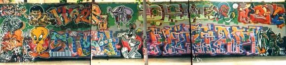 Graffitis en el Crespo de Poble Nou con Haze y Dam