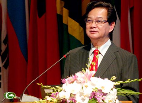 Prime Minister Nguyen Tan Dung speaks at conference