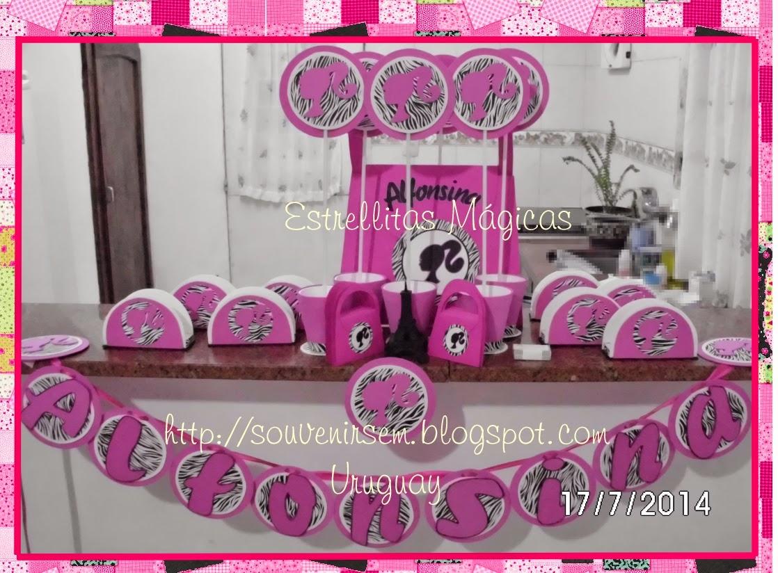 de mesa, guirnalda, servilleteros y adorno para torta de Barbie