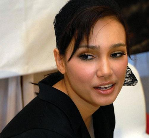 Artis Indonesia Feby Febiola Beradegan Ranjang di Film KM 97