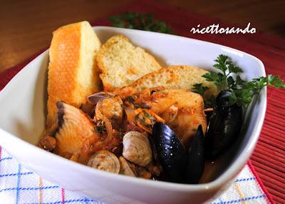 caciucco - zuppa di pesce ricetta della tradizione povera