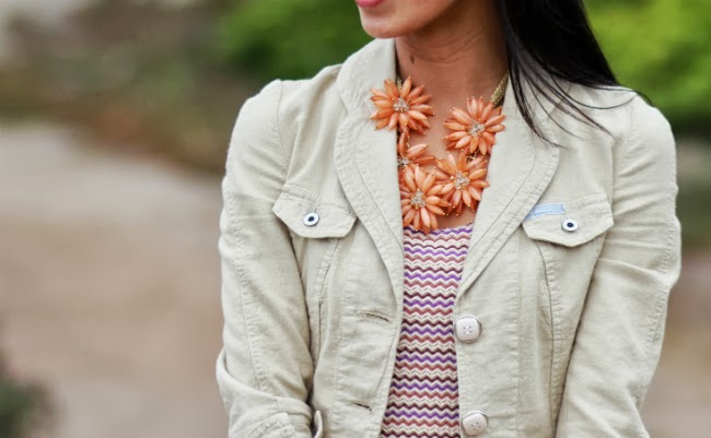 floral necklace flower trend