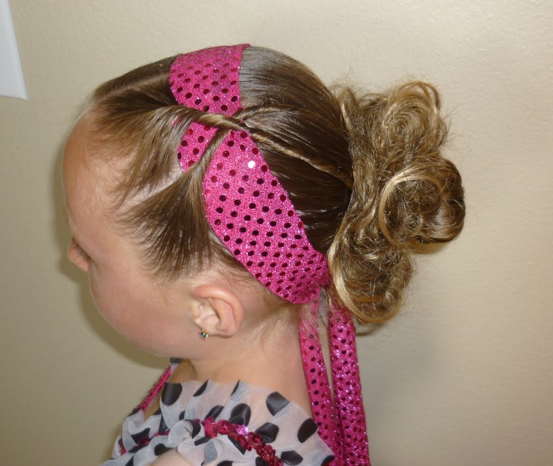 Displaying 12> Images For - Little Girl Curly Hairstyles With Bangs...
