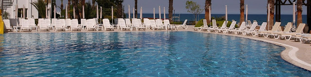 Royal Palm Resort Hotel Pool View