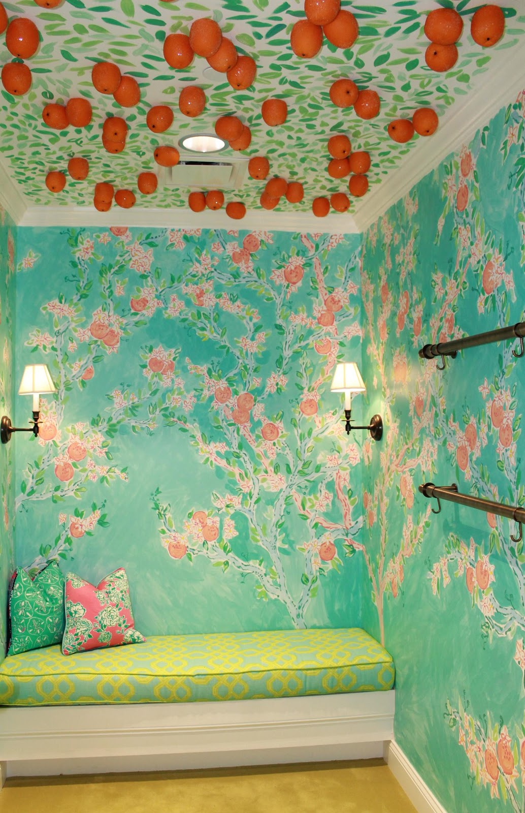 Haute Indoor Couture: Lilly Pulitzer Wallpaper