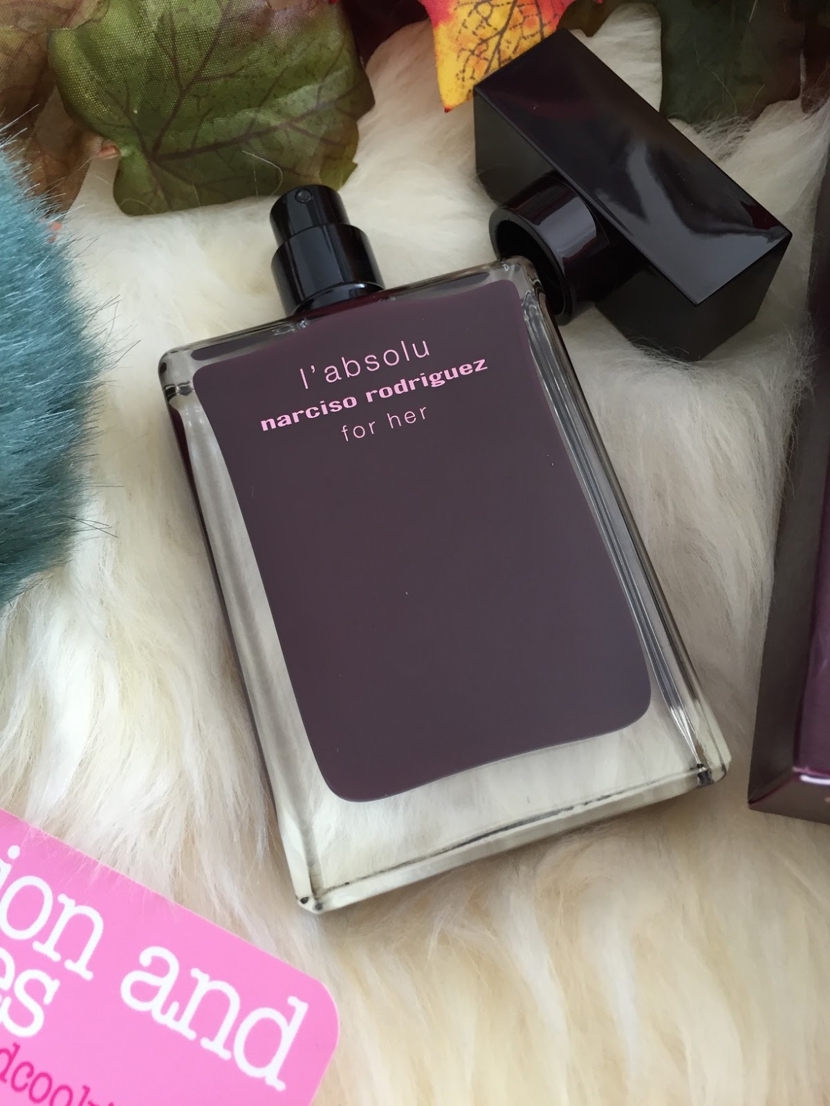 Narciso Rodriguez for her l'absolu eau de parfum on Fashion and Cookies fashion and beauty blog