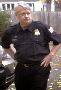Gary Moore as Metro Officer
