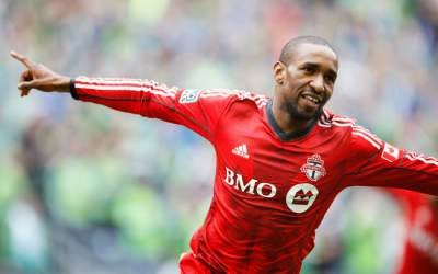 Jermain Defoe scores again, twice