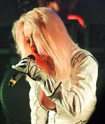 Rita Ora, gambar rita Ora, artis antarabangsa, hiburan