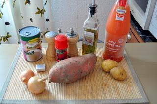 Batátovo-kokosovo-grapefruitová polievka