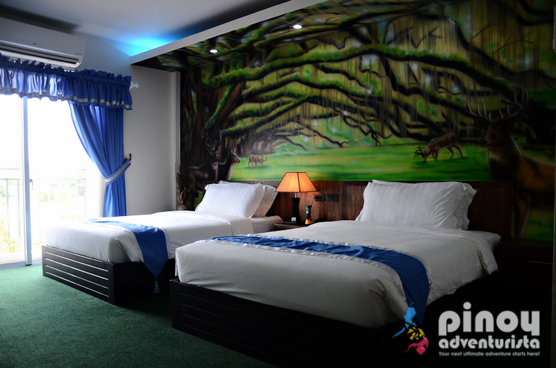 Hotel review ndn grand hotel in sto tomas batangas for Hotel pillows for sale philippines