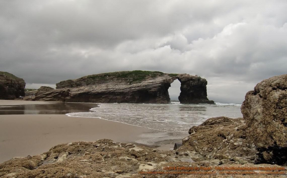 Playa de las Catedrales 9