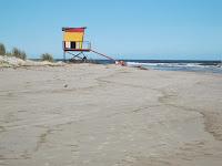guardavidas paisaje playa uruguay