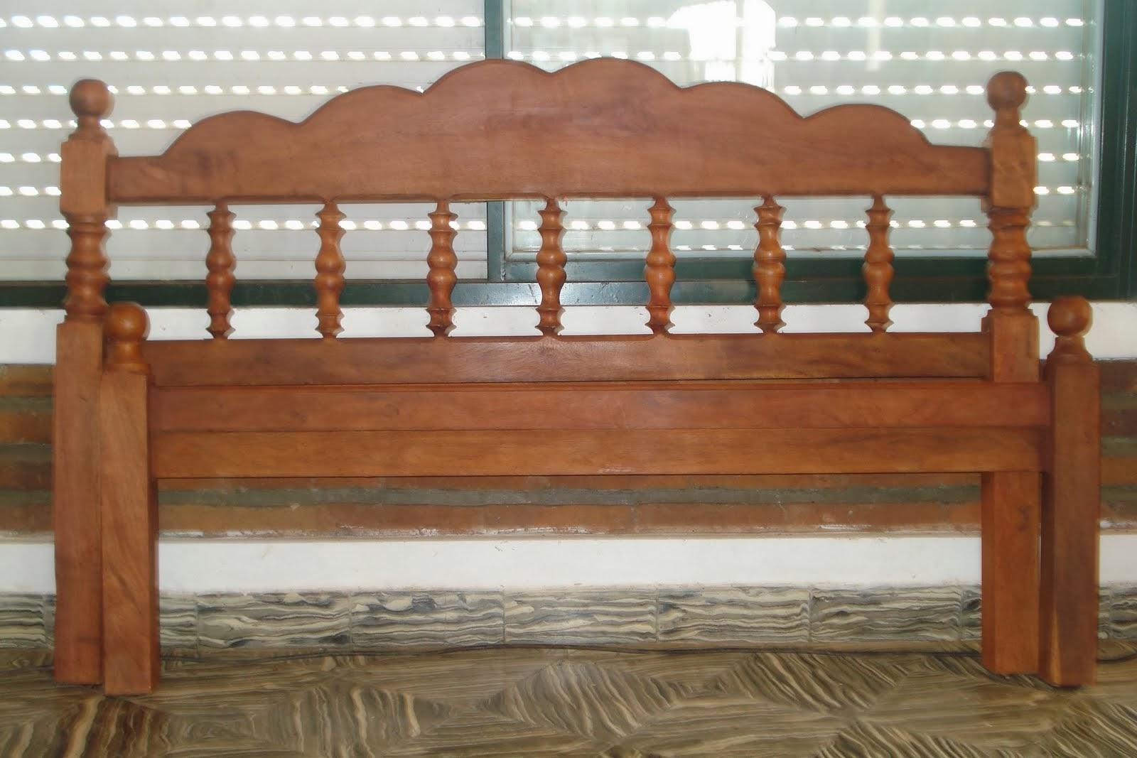 Muebles de Algarrobo Cabral