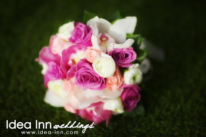 wedding hand bouquet purple white