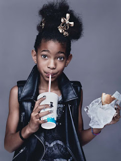 "<a href="" http://3.bp.blogspot.com/-zSL4jcDMhZ4/UO-dYYxeX8I/AAAAAAAAFsM/guuIViCFwdU/s320/willow+smith.jpg""><img alt=""willow smith,anak will smith,selebritis dunia,world record 2012,hollywood stars,USA"" src=""http://3.bp.blogspot.com/-zSL4jcDMhZ4/UO-dYYxeX8I/AAAAAAAAFsM/guuIViCFwdU/s320/willow+smith.jpg""/></a>"