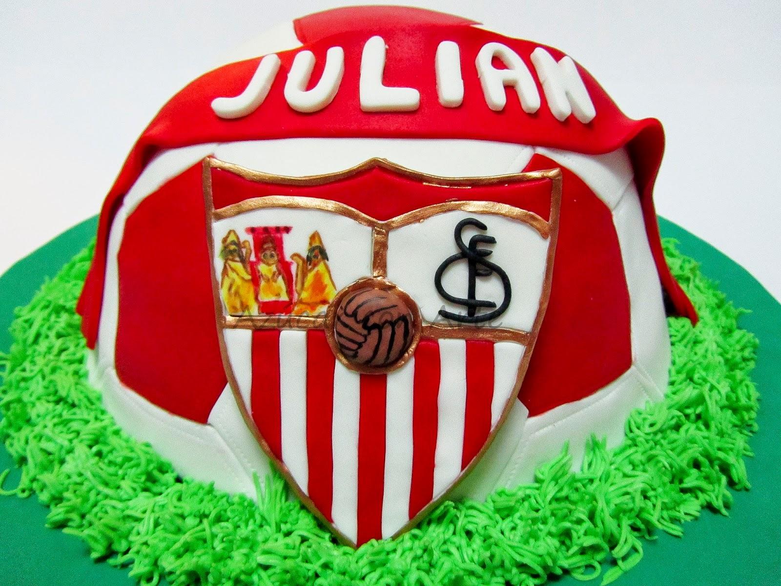 tarta balon sevilla, ball cake, football cake, tarta sin gluten, gluten free cake | azucar con arte