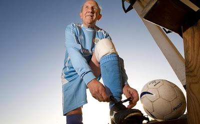 Tenyata Gol Messi belum Sebanding dengan Gol Kakek Ini!