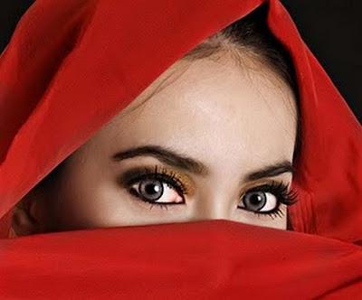 Hijab Eyes