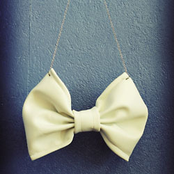 bow necklace diy