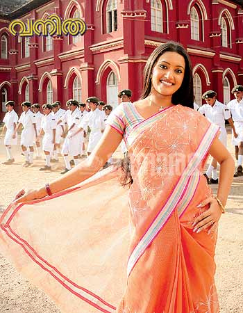 Mallu Actress Aswathy Ashok Hot S