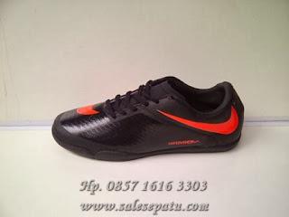 Toko Nike Futsal Hypervenom online