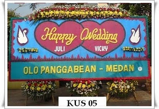 Destinasi Pengiriman Bunga Papan Happy Wedding Di Jakarta