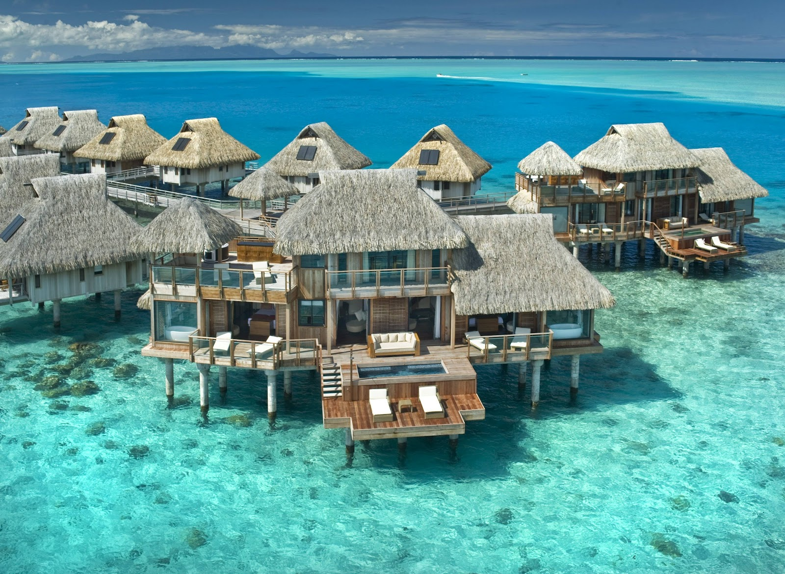 EatPrayLoveRun On My Travel Bucket List Bora Bora Tahiti - All inclusive tahiti vacations
