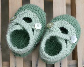 saartje booties knit flower buds knit strawberries knit elfin crochet