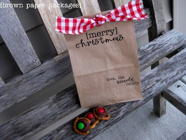 Christmas Paper Bags Tutorial!! Such a cute and inexpensive idea!! All you need is a few supplies!!