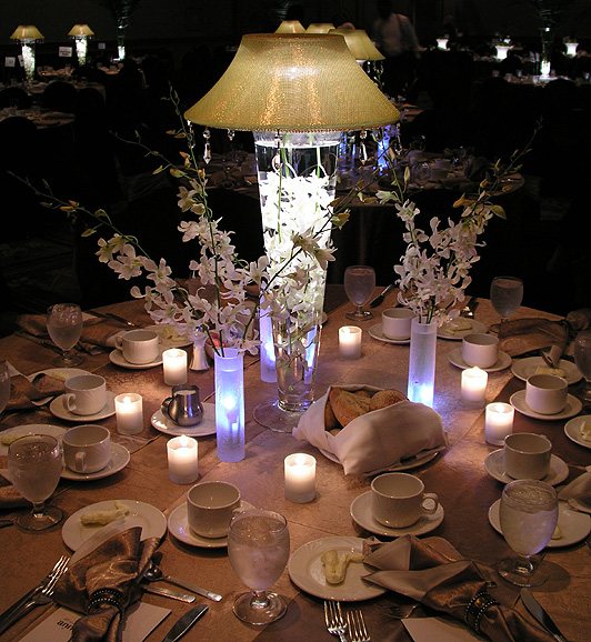 Simple Wedding Table Centerpieces
