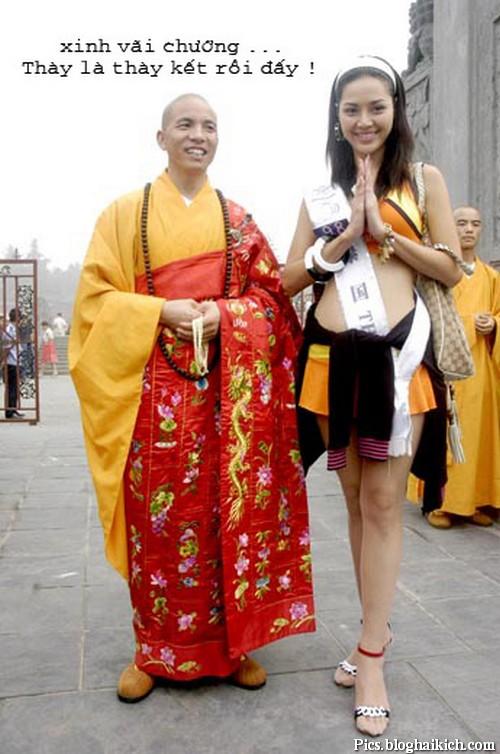 Hình ảnh vui thầy chùa và gái đẹp