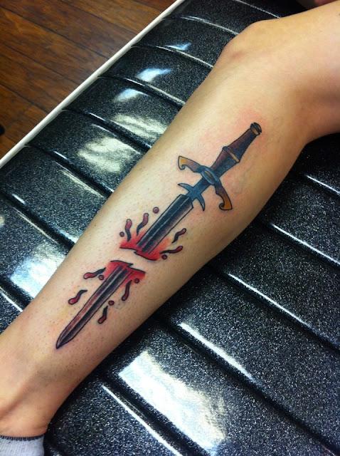 Tatuaje espada partida