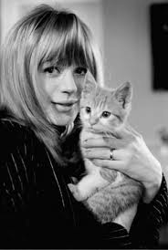 Marianne with her yeye kitten