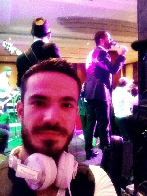 Ünlü Sanatçı Turgay Başyayla ve Orkestrası (Miracle İstanbul Asia Hotel) / DJ Serhat Serdaroglu