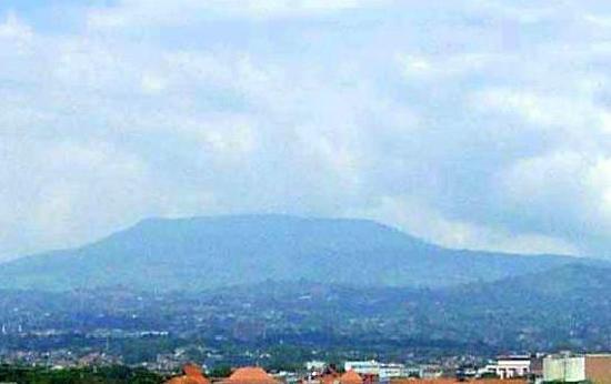 Legenda Gunung Tangkuban Perahu Di Badung Jawa Barat