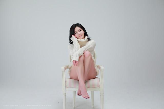 Han Ga Eun Sexy in Black Thong