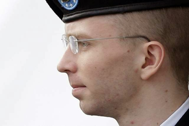Military News - Manning's conviction, 35-year sentence upheld