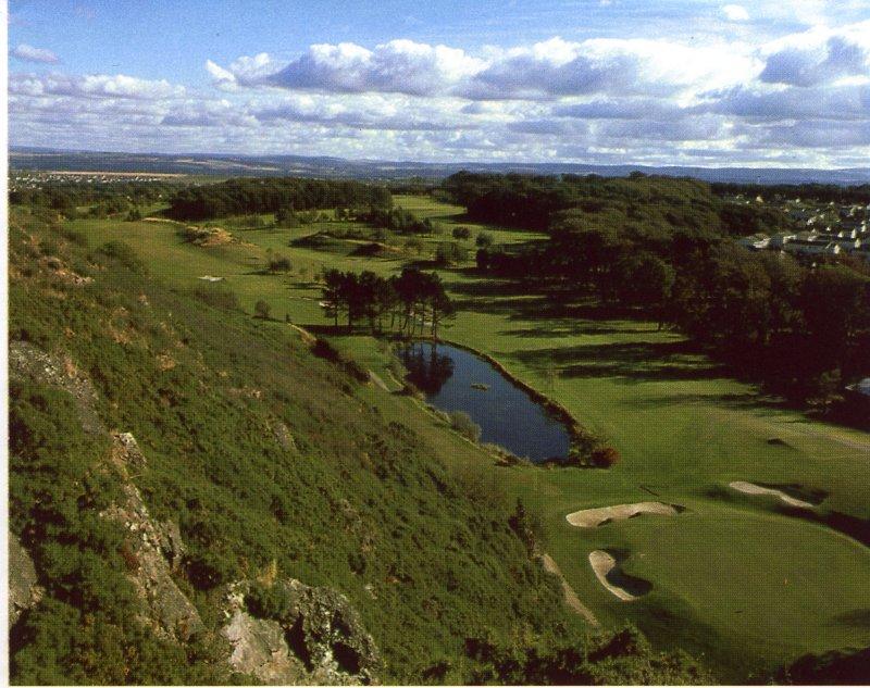 Mortonhall golf clubhouse decor