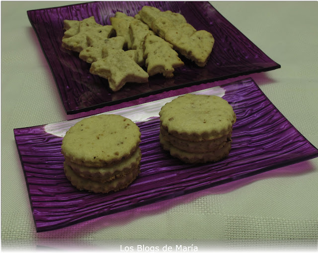 Galletas de ametlla (almendra, orejón y piel de limón)