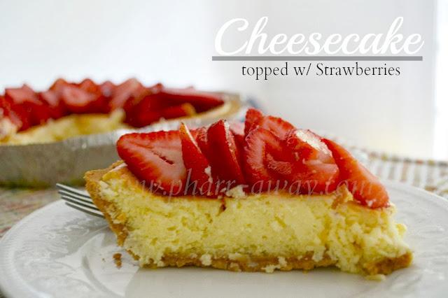 Cheesecake and strawberries