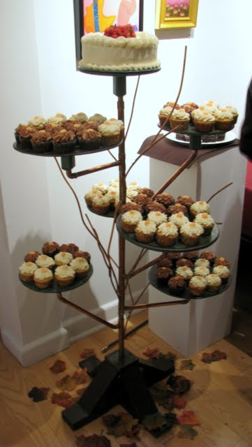 cupcake tree wedding decoration