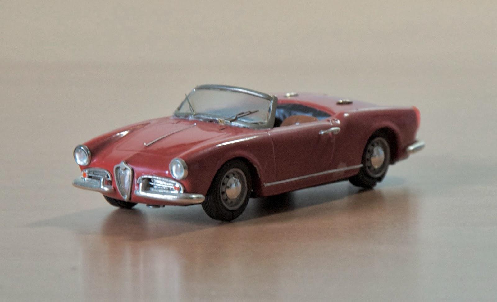 Oscars Classic Model Cars Collection Alfa Romeo Giulietta Spider - Alfa romeo model cars