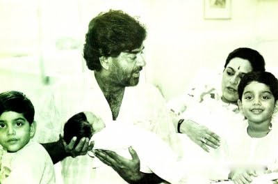 Sonakshi Sinha Childhood Photos with her father and mother
