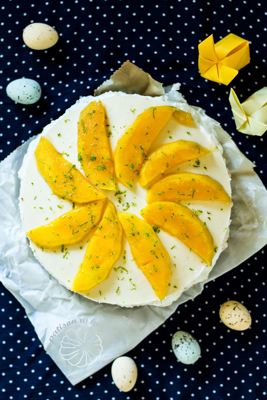 coconut- yoghurt cake with mango