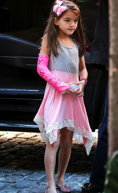 Suri Cruise Fashion Blog: September 2013: Suri goes to a ...