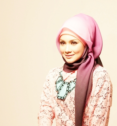 muslimah fashtorial: April 2012