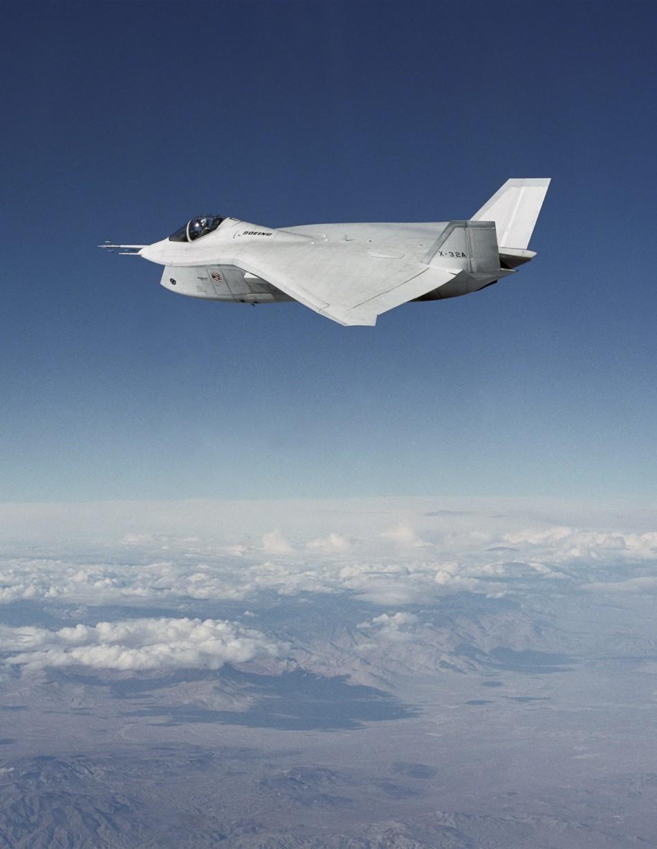 Boeing X32 Vs F 35